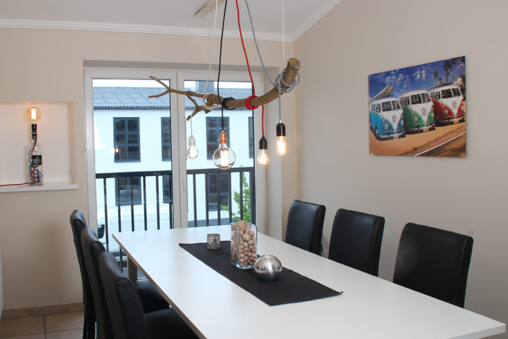 ast lampe befestigen diy lampenbau schweiz. Black Bedroom Furniture Sets. Home Design Ideas